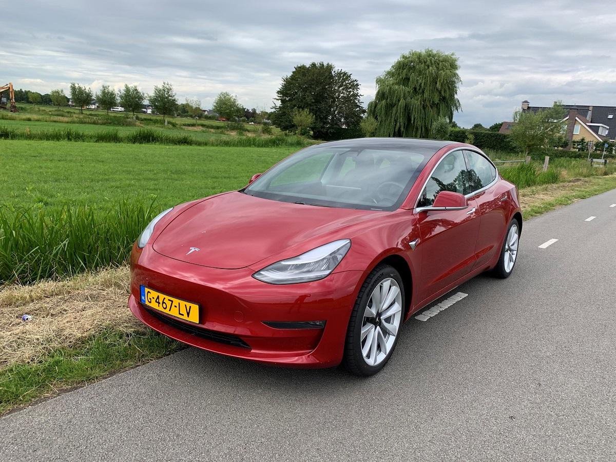 Tesla Model 3 occasion leasen voor € 948,00 p.m. | LeaseTrader